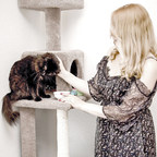 4 Tips to Make the Most of Happy, Healthy Cat Month
