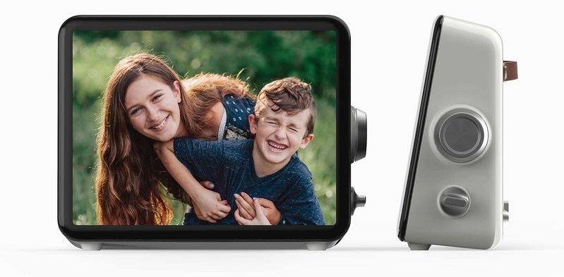 Loop is the ultimate family and friends communications device that makes it easy to stay connected to the people and things you love most