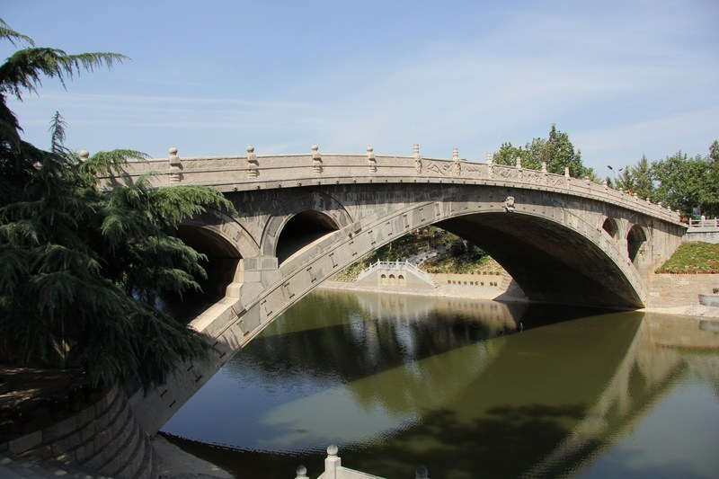 The oldest stone-arched bridge in the world - Zhaozhou Bridge