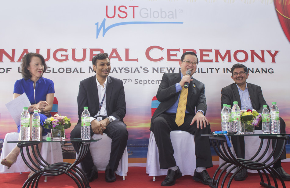 Dato' Loo Lee Lian (CEO, investPenang); Amar Chhajer (Country Head of Malaysia, UST Global); Y.A.B Tuan Lim Guan Eng, The honorable Chief Minister of Penang; and Gilroy Mathew (General Manager APAC, UST  Global) during the press conference at the inaugural ceremony of UST Global's new facility in Penang (PRNewsfoto/UST Global)
