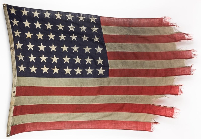 OMAHA BEACH LANDING CRAFT FLAG - TO BE AUCTIONED BY ALEXANDER HISTORICAL AUCTIONS SEP. 13-14, 2017 A most historically important relic of Operation OVERLORD, the June 6, 1944 Allied invasion of Normandy, an American flag from a landing craft that brought ashore a company of the valiant 115th Infantry Regiment. The same landing craft would make a total of 26 trips back to Omaha Beach, ferrying soldiers to shore onto the precarious Allied beachhead on the European continent.