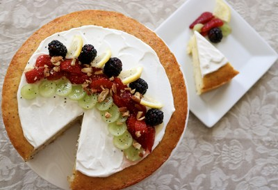 "Fruit & Yogurt Smoothie Bowl Cake by Lisa Keys of Pennsylvania - Eggland's Best ""Foodtography"" Contest Grand Prize Winner"