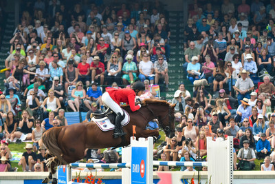 American Athlete Beezie Madden aboard Darry Lou captures victory in the Jump Off Round of the BMO Nations' Cup for Team USA at Spruce Meadows. (CNW Group/BMO Financial Group)