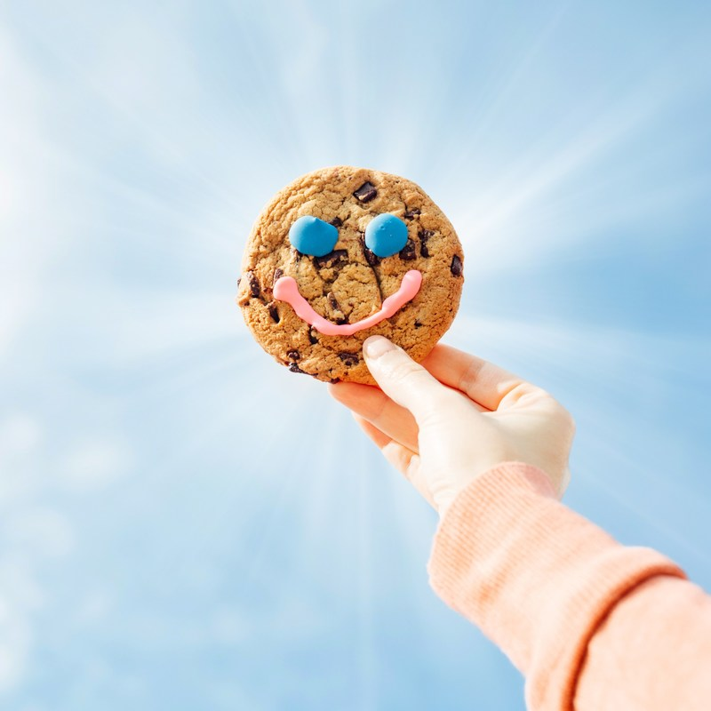 Smiles take on delicious new meaning with return of annual Tim Hortons® fundraiser (CNW Group/Tim Hortons)