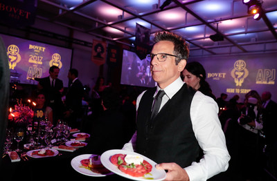 Ben Stiller serves guests at the Artists for Peace and Justice 2017 Festival Gala Presented by Bovet 1822 during the Toronto International Film Festival (Photo Credit: George Pimentel) (CNW Group/Artists for Peace and Justice (APJ))