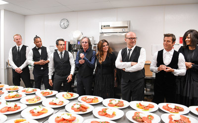 Here to Serve: Artists for Peace and Justice 2017 Festival Gala Presented by Bovet 1822 Co-Hosts Morgan Spurlock, Cuba Gooding Jr., Ben Stiller, Jackson Browne, Natasha Koifman, Paul Haggis, Yannick Bisson and Suzanne Boyd prepare to serve guests (Photo Credit: George Pimentel) (CNW Group/Artists for Peace and Justice (APJ))