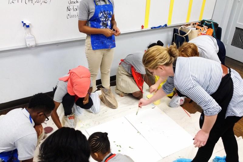 7th graders paint in art class with Lauren Kelly (ArtistYear 2017) at Mastery Charter Harrity Upper School, Philadelphia, PA, PHOTO CREDIT: Mari Ma (ArtistYear 2017)