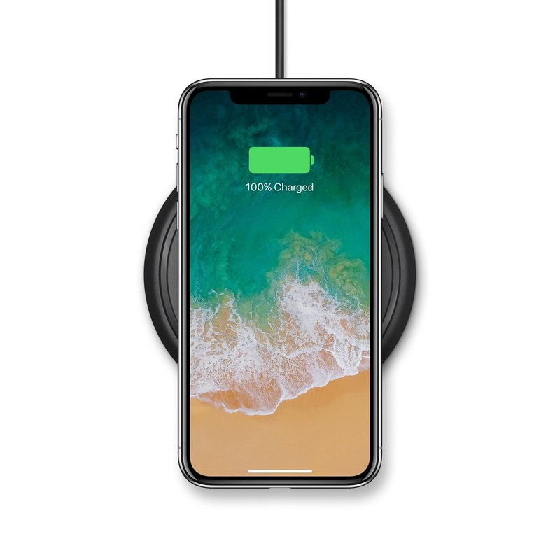 The mophie wireless charging base provides a quick and easy charging experience for iPhone 8, iPhone 8 Plus and iPhone X. (PRNewsfoto/mophie)