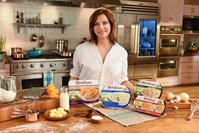 Martina McBride showcases some Bob Evans refrigerated sides.