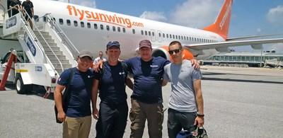 L'équipe de GLobalMedic à leur arrivée à St Maarten. Crédit photo : GlobalMedic (Groupe CNW/Sunwing Foundation)
