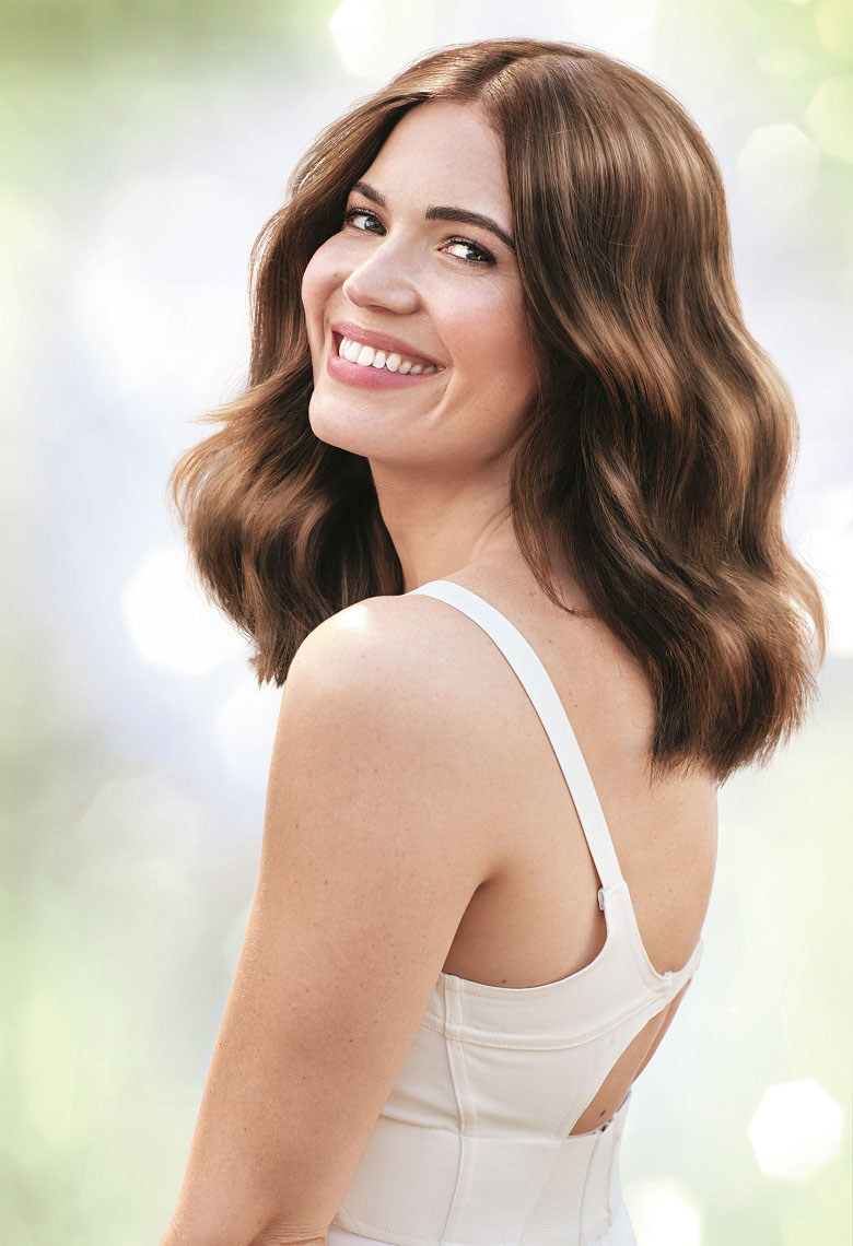 Mandy Moore Wearing Garnier Hair Color – Nutrisse 53 (Chestnut)