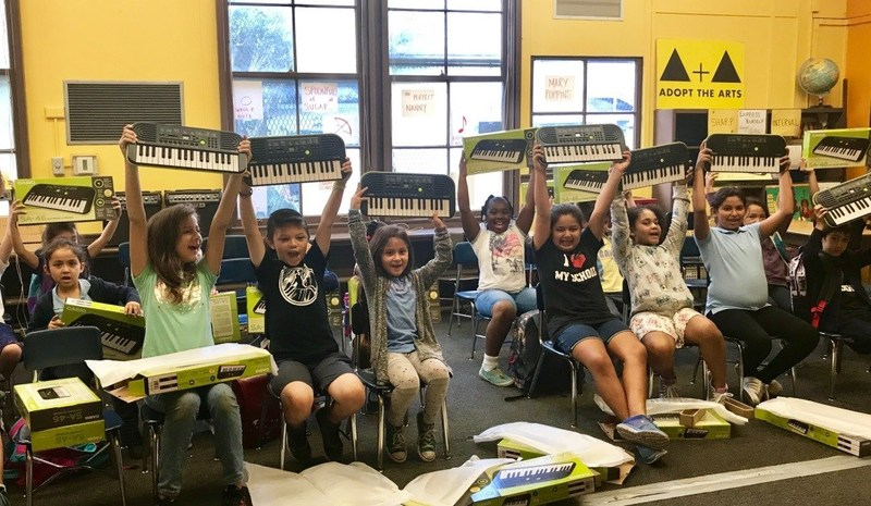 Casio and Adopt the Arts Give the Gift of Music to Los Angeles-Area School