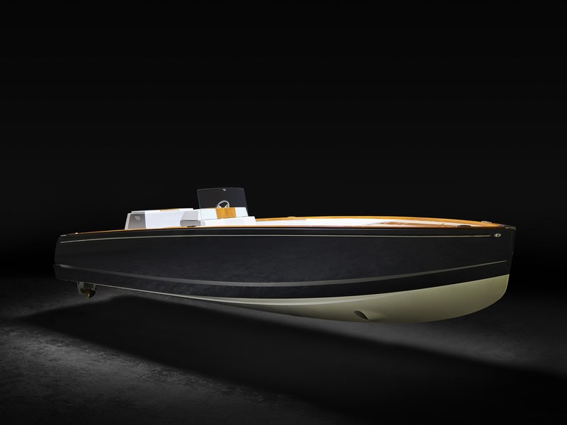 Hinckley Dasher - The World's First Fully Electric Luxury Yacht