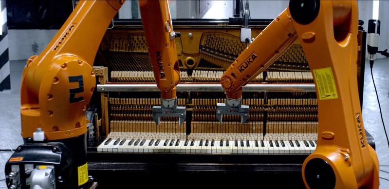 (PRNewsfoto/Sony Music Masterworks)