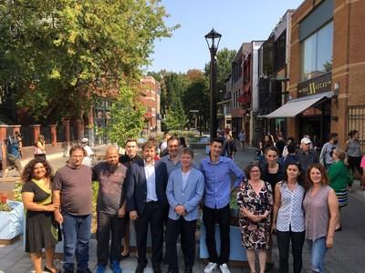 Les élus du Plateau et les commerçants ont inauguré la rue Prince-Arthur aujourd'hui. (Groupe CNW/Ville de Montréal - Arrondissement du Plateau-Mont-Royal)