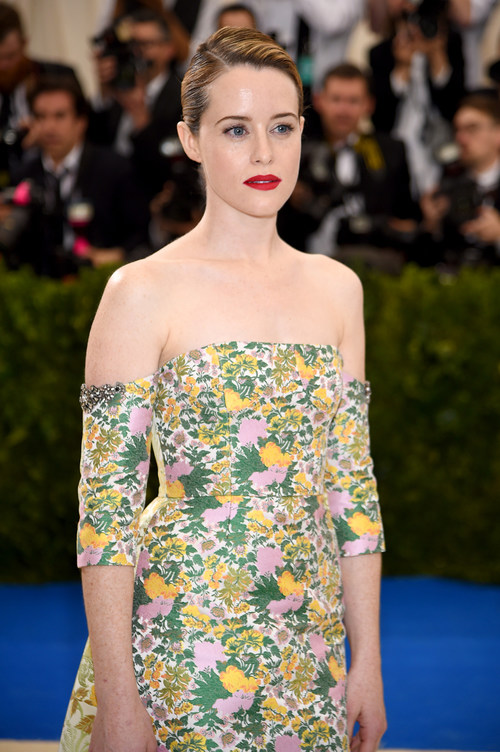 """NEW YORK, NY - MAY 01: Claire Foy attends the """"Rei Kawakubo/Comme des Garcons: Art Of The In-Between"""" Costume Institute Gala at Metropolitan Museum of Art on May 1, 2017 in New York City.  (Photo by Dimitrios Kambouris/Getty Images)"""