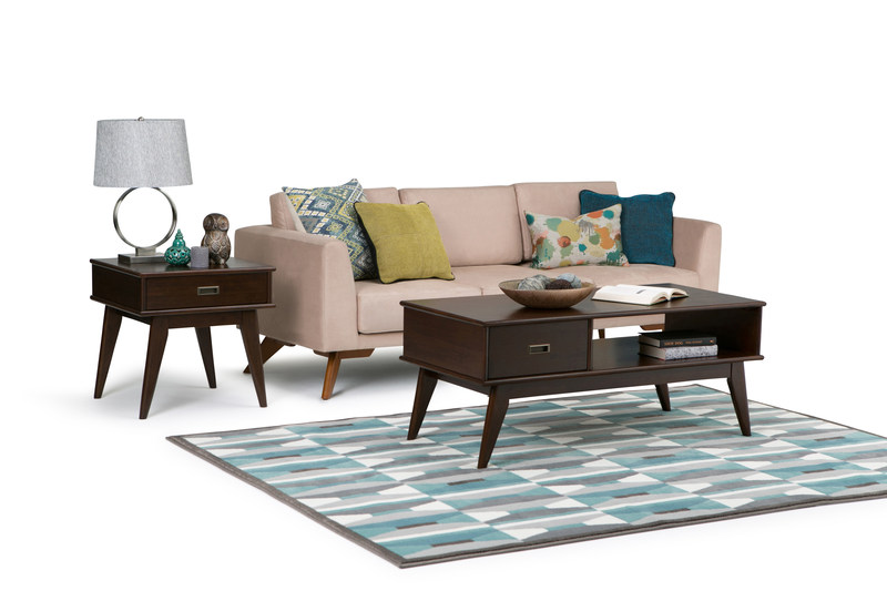 Simpli Home, a North American leader in online furniture (CNW Group/Simpli Home)