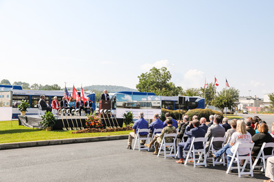 New Flyer of America Breaks Ground, Announces Vehicle Innovation Center in Alabama (CNW Group/New Flyer Industries Inc.)