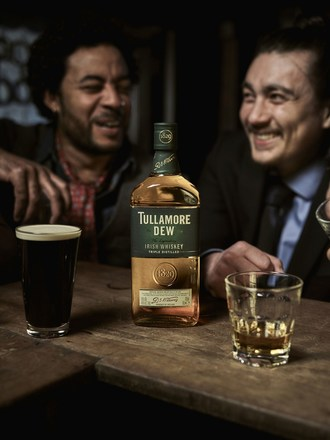 Tullamore D.E.W. paired with beer brings out the Beauty of Blend, unlocking the complementary flavours in each. We call this pairing D.E.W. & A Brew. (PRNewsfoto/Tullamore D.E.W)