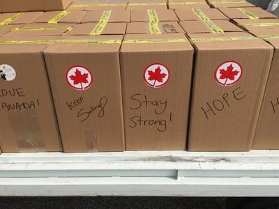 Produits essentiels envoyés dans les régions tourchées par l'ouragan Irma (Groupe CNW/Air Canada)