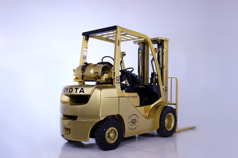 (PRNewsfoto/Toyota Material Handling, U.S.A.)