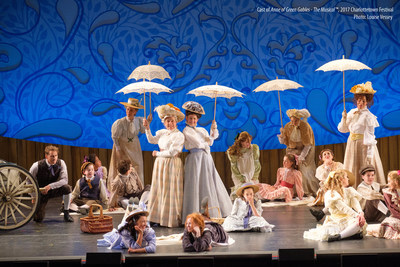 La troupe d'Anne of Green Gables-The Musical 2017tm. La comédie musicale la plus populaire du Canada revient pour une 54e saison! (Groupe CNW/Centre des arts de la Confédération)