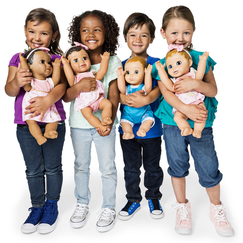 Every child wants a baby doll to love—and these baby dolls love back. (CNW Group/Spin Master)