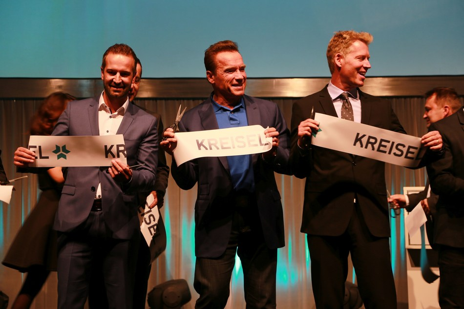 From left to right: Christian Schlögl (CEO Kreisel Electric), Arnold Schwarzenegger, Patrick Knapp-Schwarzenegger, strategic partner at Kreisel Electric, opening the new Kreisel Electric high-tech research and development center.(Copyright: Martin Hesz / Kreisel Electric) (PRNewsfoto/Kreisel Electric)