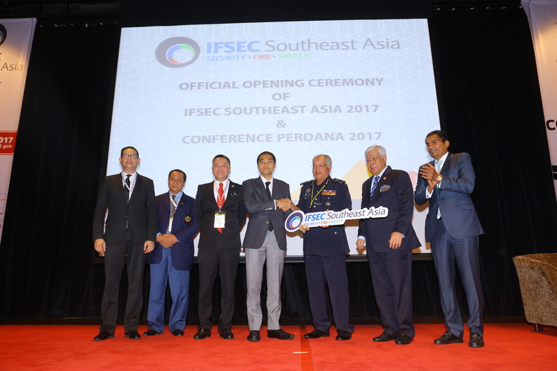 Royal Thai Police and Thailand Convention and Exhibition Bureau (TCEB) presences at the IFSEC Southeast Asia 2017 Opening Ceremony in Kuala Lumpur (PRNewsfoto/UBM Asia (Malaysia))