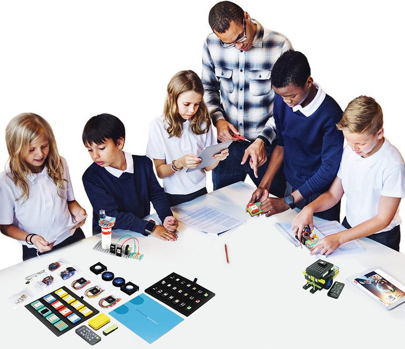 Microduino educational kits offer step-by-step learning with guided lessons that teach basic circuitry in simple, easy to memorize learning modules. (PRNewsfoto/Microduino, Inc.)