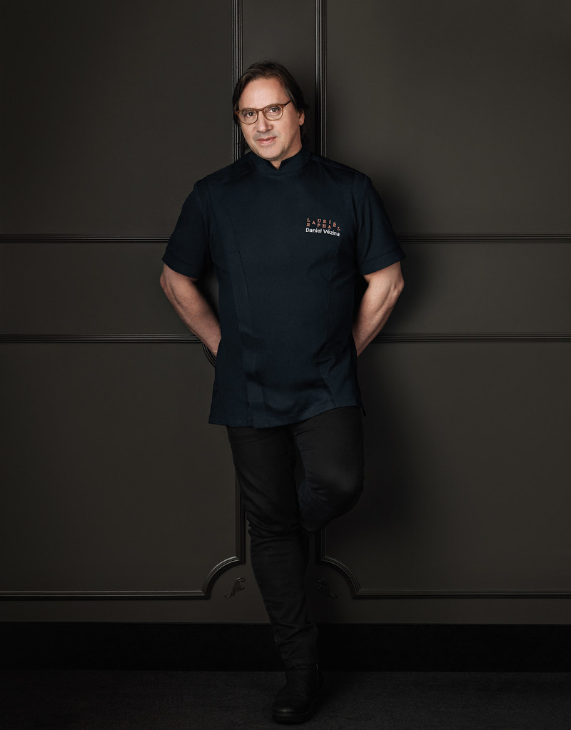 Chef Daniel Vézina (Groupe CNW/Transat A.T. Inc.)