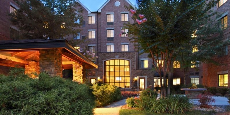 Noble has acquired the Staybridge Suites Tysons Corner McLean. The 142 all-suite, extended-stay hotel is located in downtown McLean, part of the greater Tysons Corner market of Washington,  D.C. The Tysons Corner market is one the deepest corporate office markets in the United States with more than 28 million square feet of office space that is home to numerous Fortune 500 headquarters and many of the largest government agencies in the region.