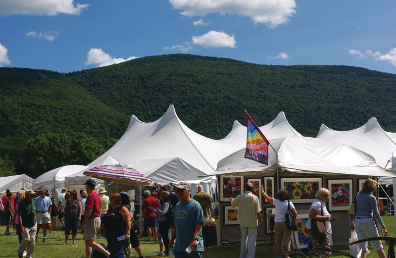 Many Exhibitors Demonstrate Their Craft at the Festival (PRNewsfoto/Craftproducers)