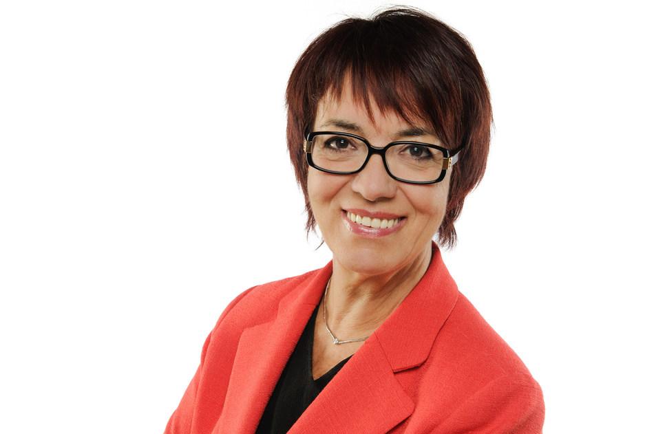 Jocelyna Dubuc, Présidente-directrice générale, Spa Eastman, Prix Réalisations 2017 (Groupe CNW/Réseau des Femmes d'affaires du Québec Inc.)