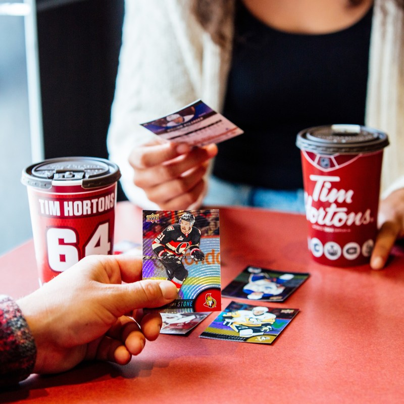 Hockey fans can bring their hockey dreams to life collecting the full 2017-18 Tim Hortons Collector's Series NHL ® Trading Card lineup. (CNW Group/Tim Hortons)