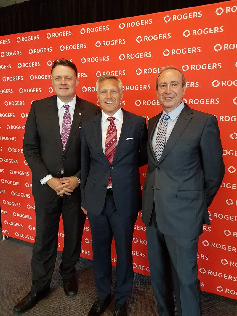 From left: Halifax Mayor Mike Savage, Tom Turner, Senior Vice-President of Enterprise Business for Rogers and Joe Ramia from Argyle Development. (CNW Group/Rogers Media)