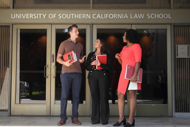USC Gould School of Law is launching a new online program in Entertainment Law & Industry, becoming the only Top 20 law school to offer an online entertainment certificate.