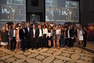 Producteurs, créateurs et talents Canadiens à la Vitrine du FMC (Groupe CNW/FONDS DES MEDIAS DU CANADA)