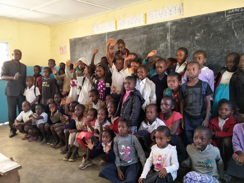 School for Local Children in Congo-Kinshasa (PRNewsfoto/Zhongjing Omnimedia)