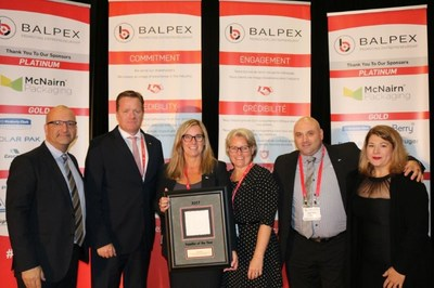 Eric Paul, Sales director, Eastern Canada Cascades PRO Canada, Bill Buist, Ontario sales director, Cascades PRO Canada, Sandra Hudon, Vice-president sales North America Cascades PRO, Danièle Séguin, National sales director, Cascades PRO Canada, Gus Deagazio, Vice-President of member services, Giselle Chartrand, President of Balpex (CNW Group/Cascades Inc.)