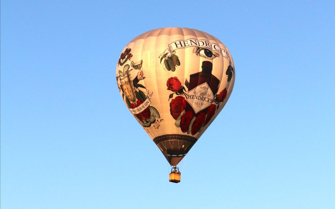 hendrick u0027s gin air balloon takes flight at nuit blanche toronto
