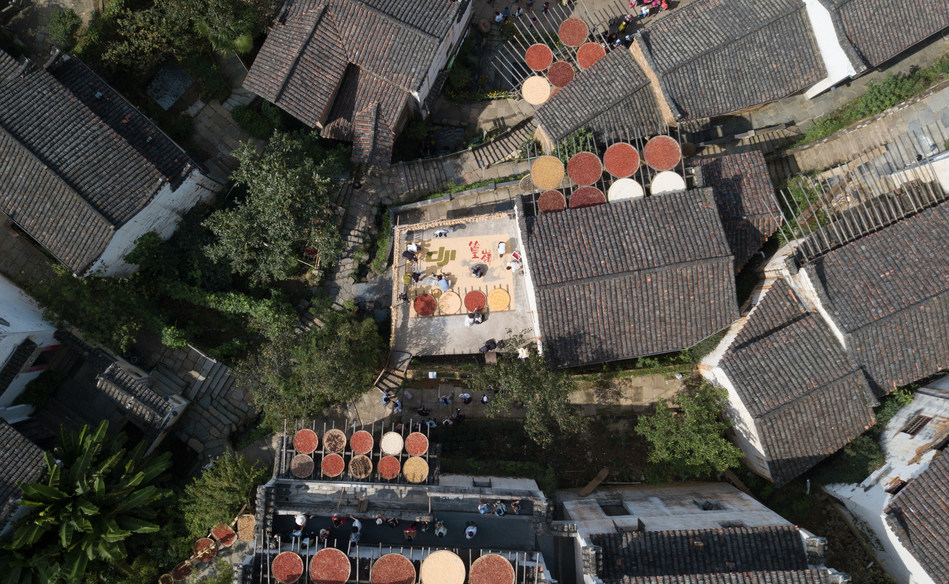 UAV enthusiasts now have full access to the airspace around Huangling village, the idyllic Chinese countryside destination in Wuyuan County, to use their drones to take videos or photos.