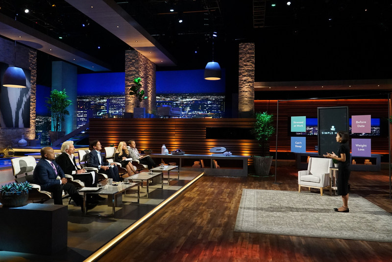 Simple Habit Founder & CEO Yunha Kim pitches the 5-minute meditation app for busy people to the Sharks on the Shark Tank Season 9 Premiere