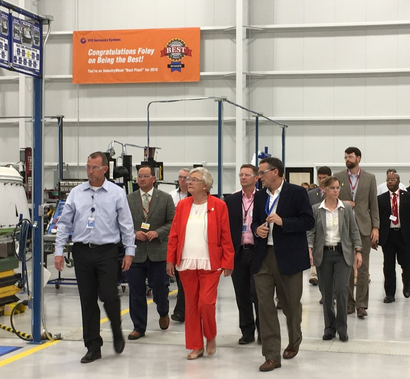 Alabama Governor Kay Ivey visits UTC Aerospace Systems' recently expanded nacelle systems facility in Foley.