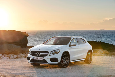 In September, Mercedes-Benz Canada retailed 4,222 passenger cars and luxury light trucks, a 17.6% sales increase over September 2016. That total comprised 1,982 passenger cars (+4.7%) and 2,240 luxury light trucks (+31.9%). (CNW Group/Mercedes-Benz Canada Inc.)