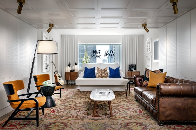 Suite 1742 of Fairmont Queen Elizabeth, newly redesigned by Sid Lee Architecture. (CNW Group/UNLTD)