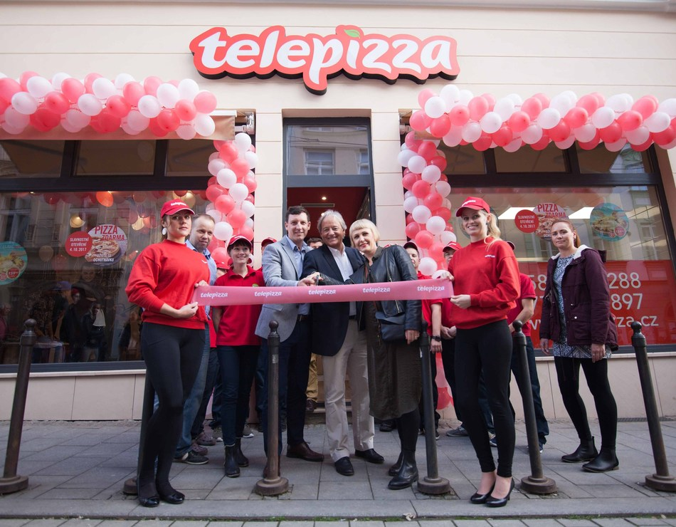 Giorgio Minardi, Telepizza International  President  and Jakub Slezar Telepizza´s partner. (PRNewsfoto/Telepizza)