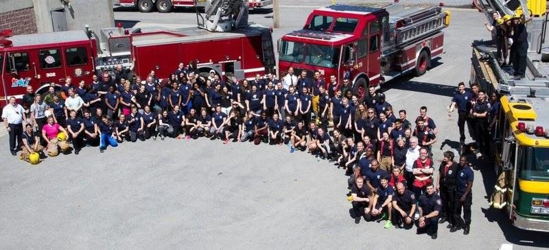 Les filles ont le feu sacré édition juin 2016 (Groupe CNW/Ville de Montréal - Service de sécurité incendie de Montréal)