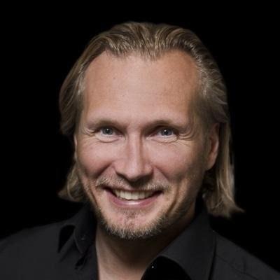 Dr. Morten Middelfart