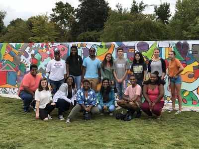 Students from the Nashville Mayor's Youth Council, volunteers from AkzoNobel, local artist Andee Rudloff and festival attendees worked together to create a 40-foot mural entitled Unity, which will be featured outside Nashville's Parthenon Museum.